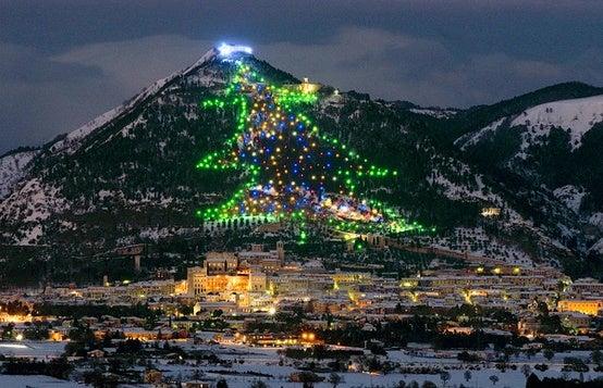 Natal no Monte Ingino, Itália