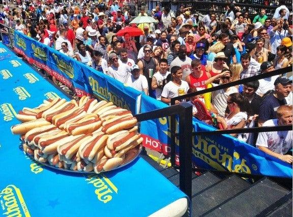 hotdogs em Coney Island