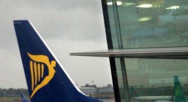 Ryanair permitirá um segundo artigo de bagagem de mão