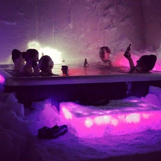 spa de hielo en el Arctic Snow Hotel, Rovaniemi, Laponia