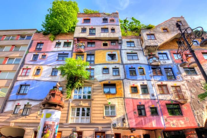edificios Hundertwasser em viena - áustria
