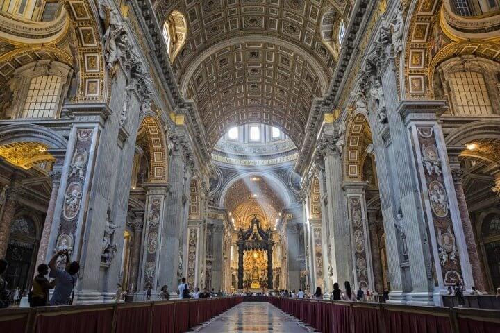 Basílica de São Pedro em Roma - Itália