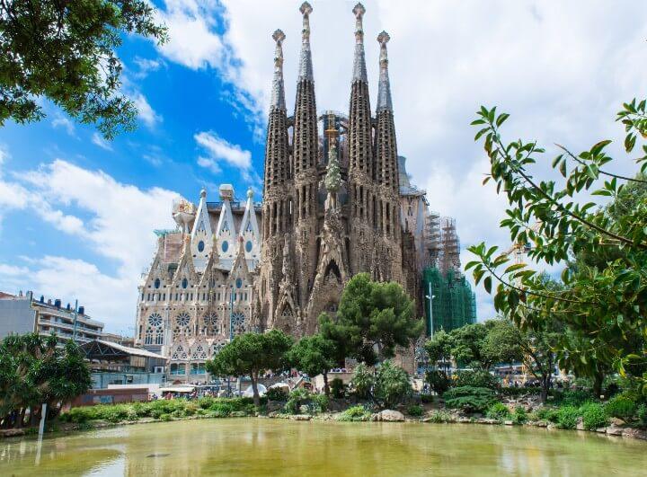 sagrada familia em barcelona - espanha