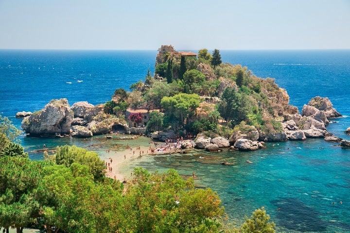 Praia Taormina em Sicilia, Itália