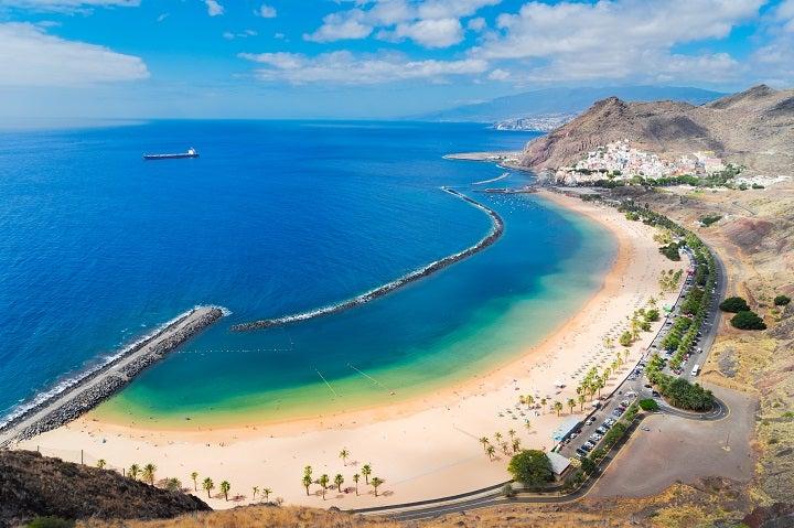 Praia de Las Teresitas em Tenerife, Espanha