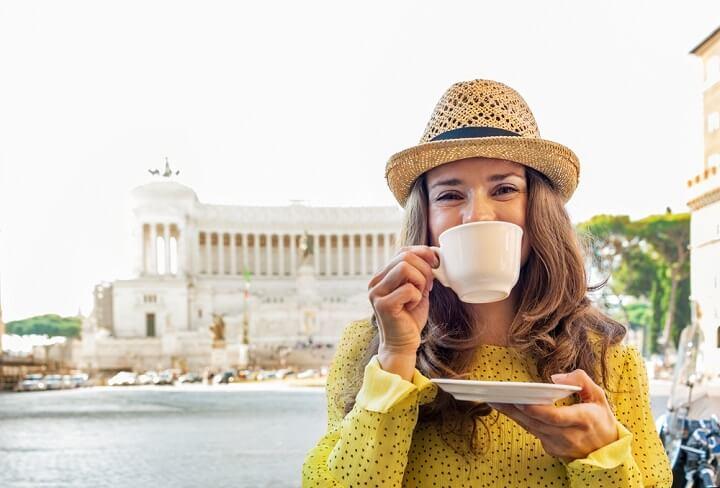 cafe em roma itália