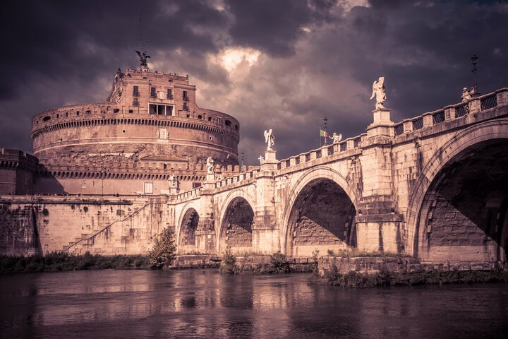 estatuas de anjos na Ponte Sant Angelo em roma
