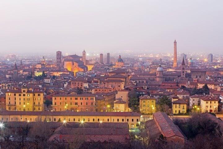 vista panoramica desde San Michele in Bosco em bolonha itália