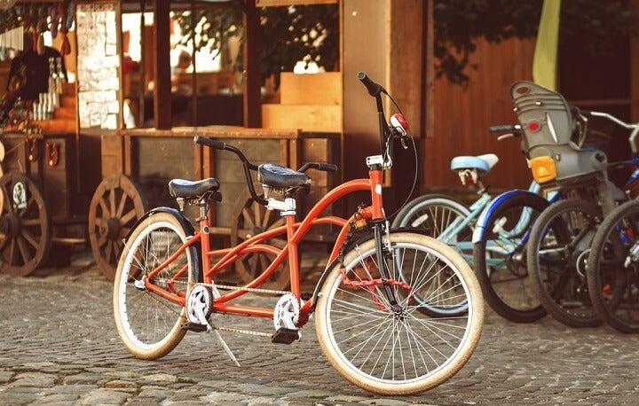 bicicleta para duas pessoas em amesterdão - holanda