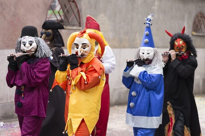 carnaval em basileia - suiça