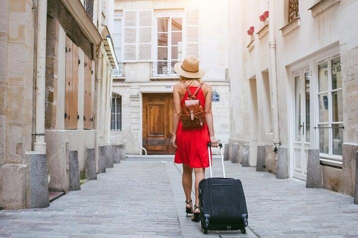 viaja ao teu ritmo - reserva voo mais hotel edreams