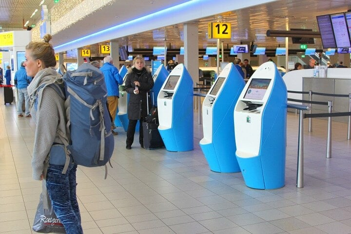 check-in klm quioesque aeroporto