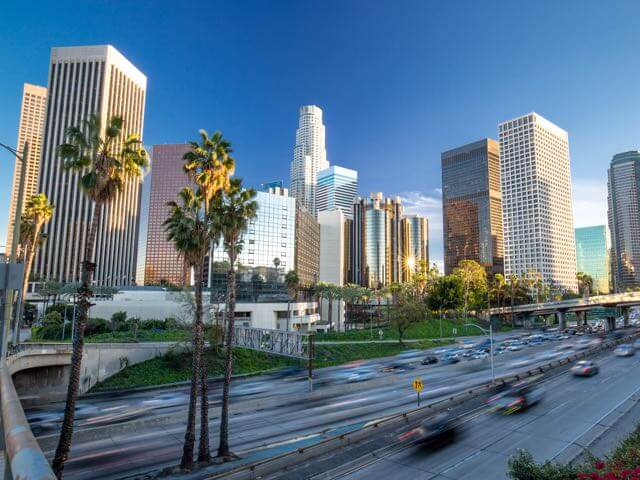 Reserve voos baratos para Los Angeles com a onefront-EDreams